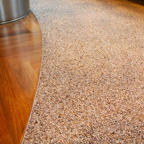 Steinteppich im Gewerbe – Detail